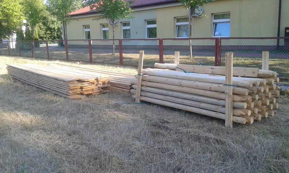 26_08_2015 2 dzien budowy Domu Kultury na Zielonym Ursynowie - zaplecze budowy